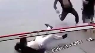 عندما يغضب الملاكم مع اغنيه اجنبيه حماس 😎