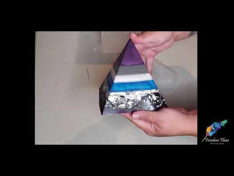 Resin Pyramid Unmolding