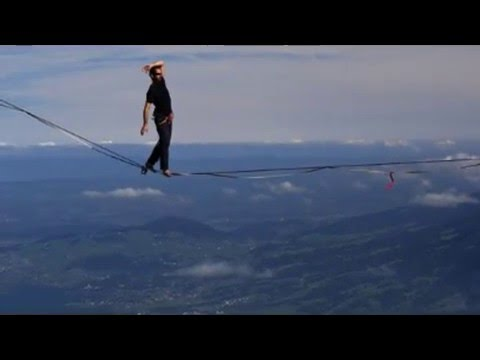 Канатоходец установил новый мировой рекорд