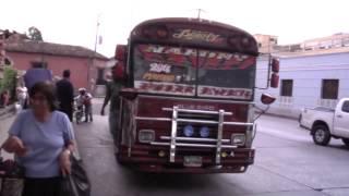Mujeres guatemaltecas son vulnerables en el transporte público de su país
