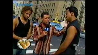 Download Romeo Santos y Henry Santos desde el bronx (año 20 MP3 song and Music Video