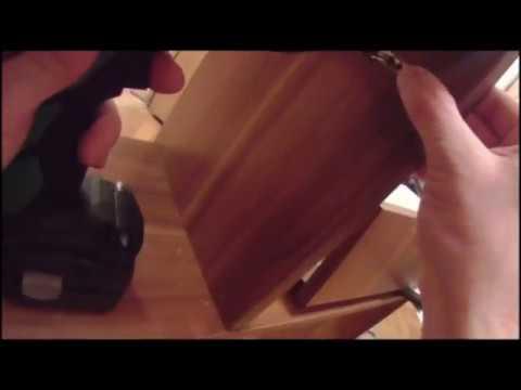 День 76 Служба муж на час, Сборка мебели в прихожей