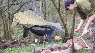 SOLO WILD HAMMOCK CAMP AND SPIT ROAST CHICKEN