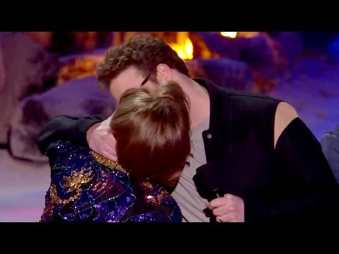 Seth Rogen Makes Out With Mom - 2014 MTV Movie Awards Best Kiss