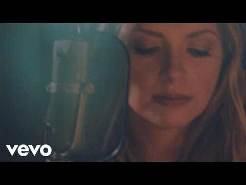 Carly Pearce - Every Little Thing (Live)