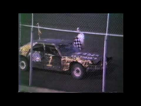 07/24/1987 Wilmot Speedway  Street Beaters & Powder Puff