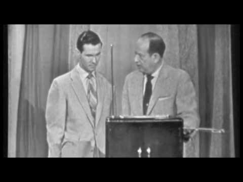 Johnny Carson Plays THEREMIN