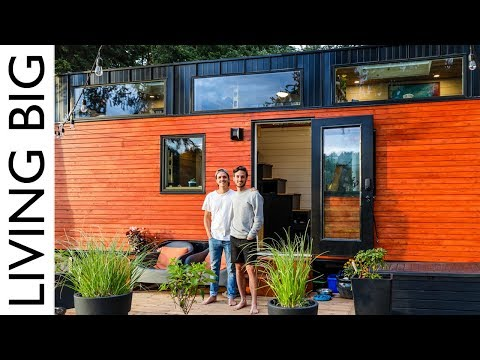 Stunning Modern Tiny House Sanctuary