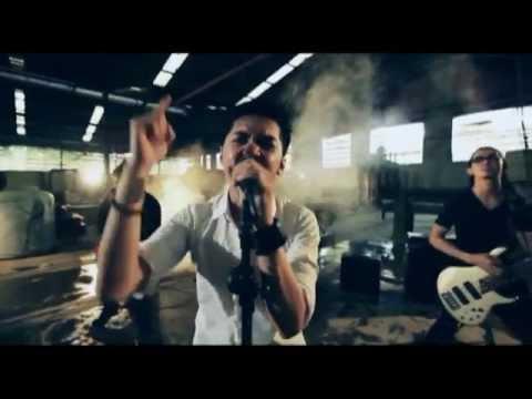 RIVER - KARNA KAU UNTUKKU (OFFICIAL VIDEO CLIP)