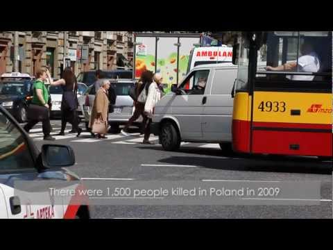 Stunt Forces: car accident in center of Warsaw - stunt show.