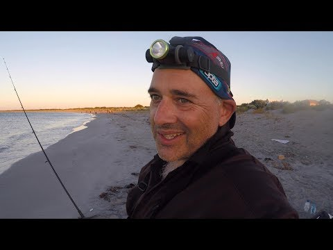 BEACH FISHING FOR TAILOR & WHITING WITH A BEAUTIFUL SUNSET  PORT KENNEDY W.A