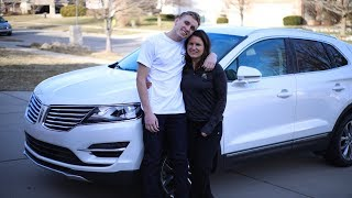 SURPRISING MY MOM WITH A BRAND NEW CAR!