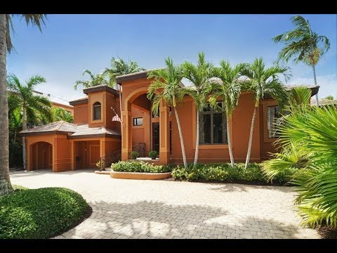 Custom Built Contemporary Waterfront Home - Fort Myers, FL 33908