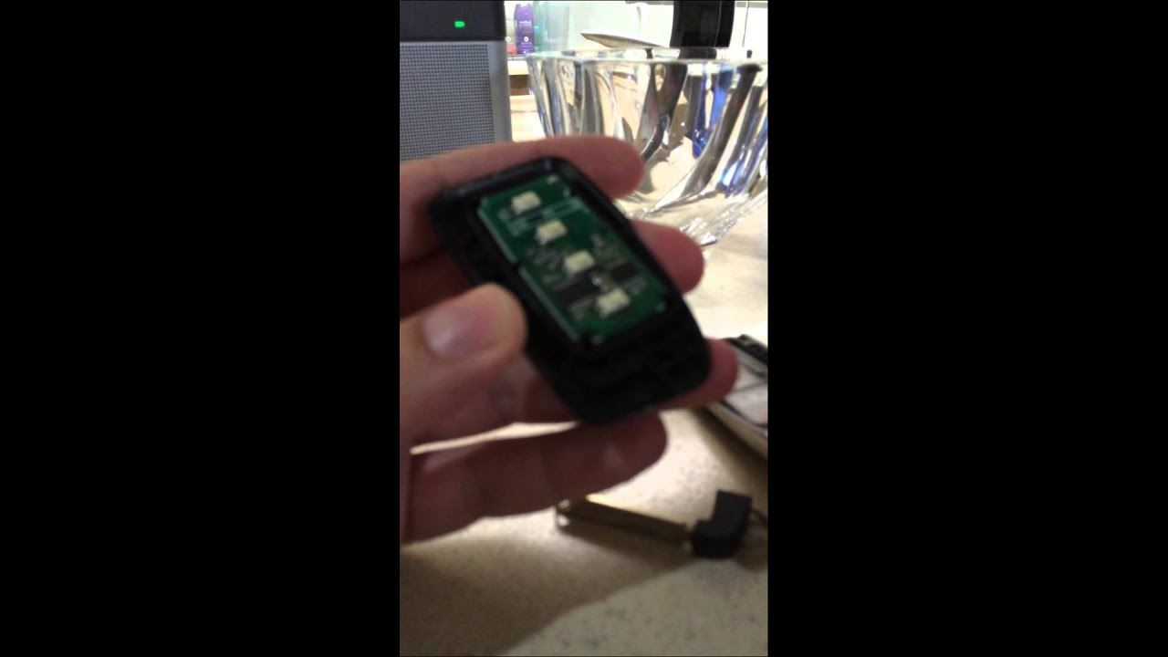 Lexus Key Fob Battery >> 2013- NEWER LEXUS KEY FOB BATTERY REPLACEMENT SIMPLE - YouTube