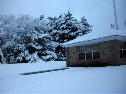 Snow Day in Bullard TX Feb 2010.avi
