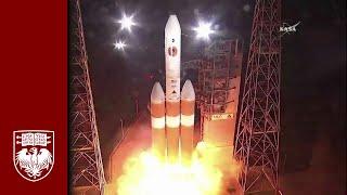 UChicago's Eugene Parker watches launch of NASA's Parker Solar Probe