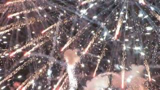 Crazy Loud Fireworks! 4th of July in HD