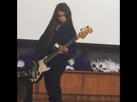 Tye Trujillo (The Helmets) - Robert Trujillo's son - play Black Sabbath's N.I.B.