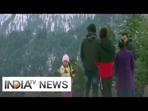 Tourists rush at famous 'Dehra Ki Gali' in JandK's Rajouri