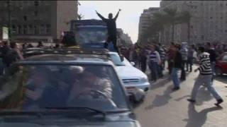 قوات الأمن تفض اعتصاما بالقوة في ميدان التحرير