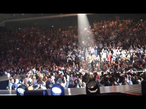 Satisfaction - 2014 Macau Cotai Arena (live)