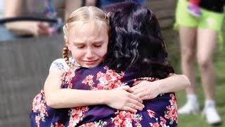 Reaktionen der Kinder auf die Adoption. Traurige und glückliche Momente!