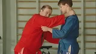 Уроки самбо Гончаров 01   Боковая подсечка в темп шагов