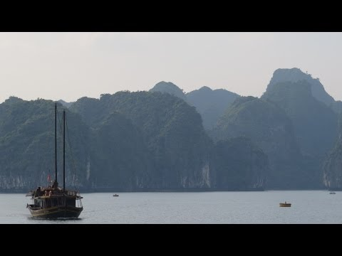 [Slow TV] Motorcycle ride from Hai Phong to Cat Ba (North Vietnam)