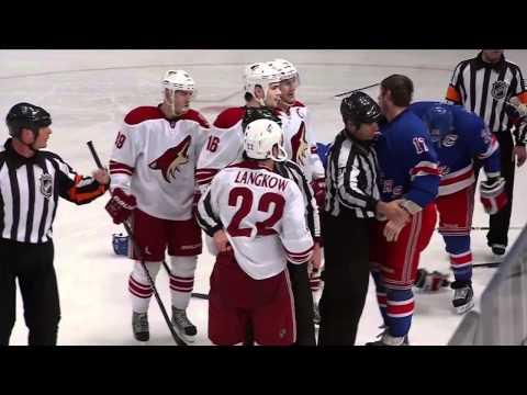 Shane Doan crushes Ryan Callahan HD
