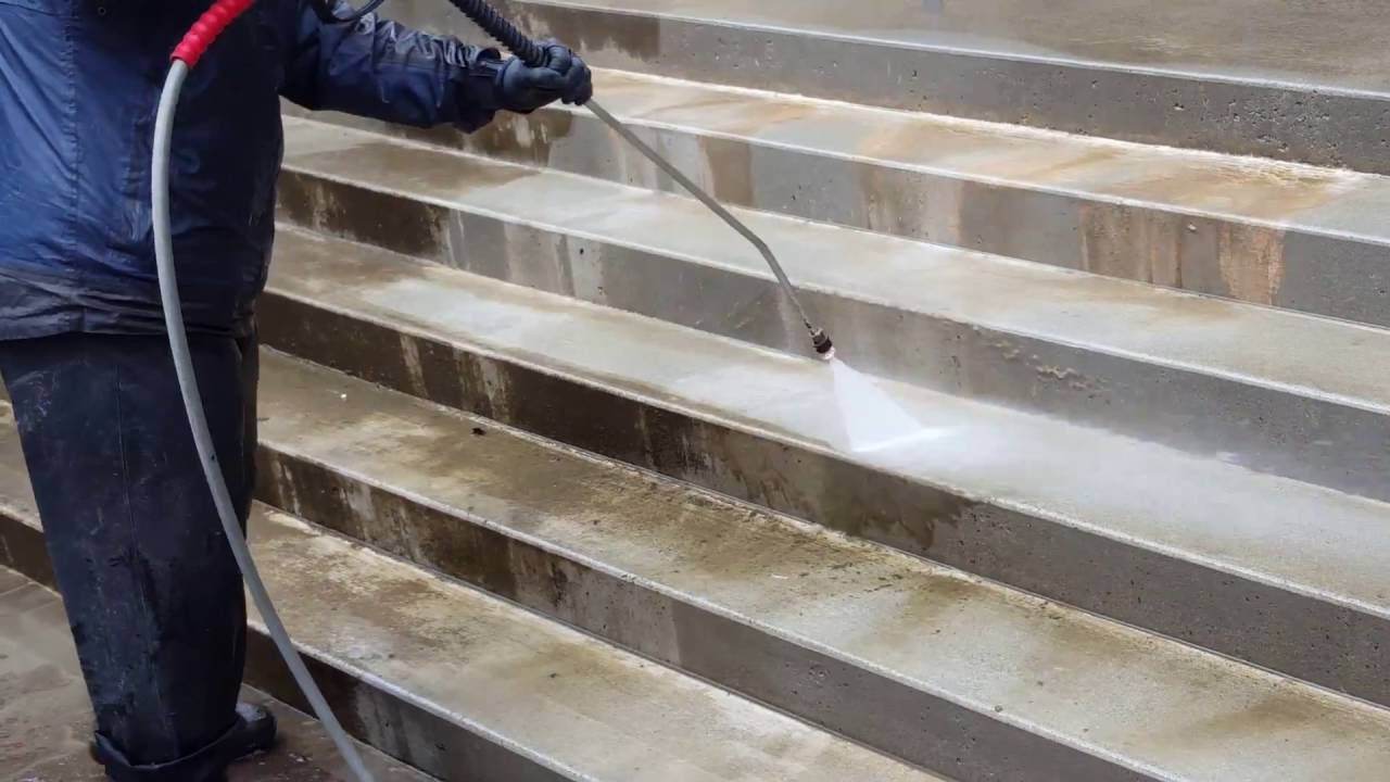 The Professional Way To Pressure Washing Concrete Steps You