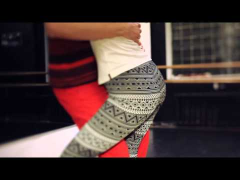 Inside The Dance Studio VOL.2 - Nemanja Sonero & Laura Zaray - Kizomba Tarraxinha Impro.