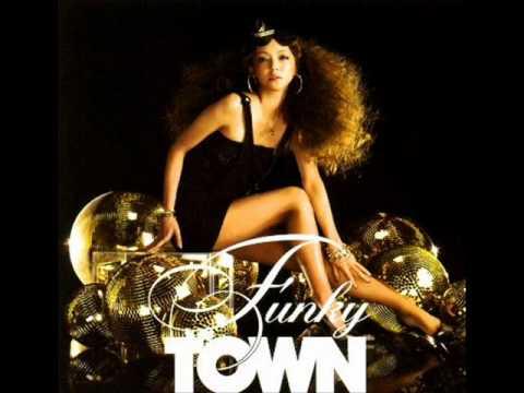 Cardenia - Funky town