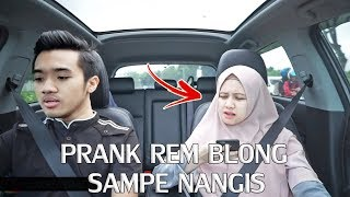 Download Video PRANK PACAR REM MOBIL BLONG SAMPE MARAH & MAU NANGIS ! MP3 3GP MP4