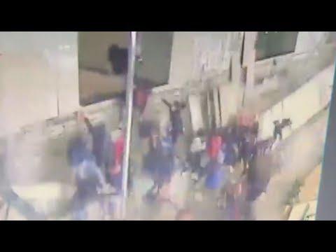 ジャカルタ証券取引所が突然崩落! 77人が負傷 韓国の双竜建設が施工か