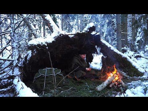 Winter Bushcraft Hike - No Sleeping Bag - Natural Shelter in Snowfall - Lavvu Poncho