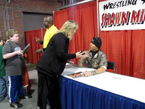 When i got to meet shawn michaels youtube m4hsunfo Image collections