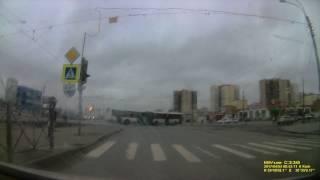 Российские дороги. Город и область, светофоры, дома, новостройки, банки, суды,