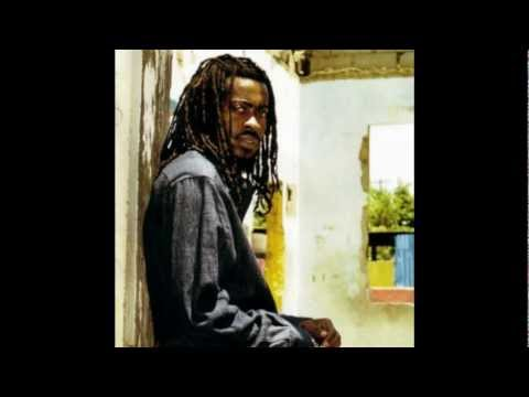 Beenie Man - Got Yourself A Gun (feat Gringo)