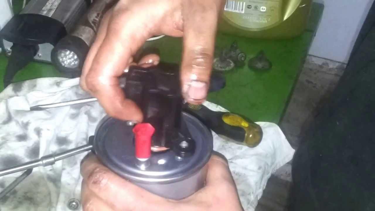 Замена топливного фильтра на дизельном Renault Megane и Scenic3