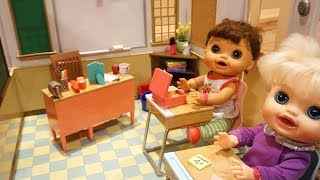BABY ALIVE New Our Generation School Set !