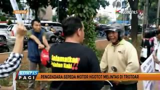 Komunitas Pejalan Kaki Gelar Aksi Penyelamatan Trotoar