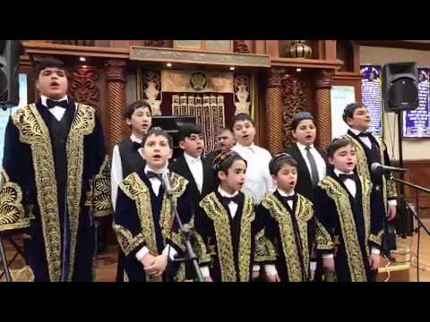 Ezro Malakov Students singing Bukharian songs(Makom)