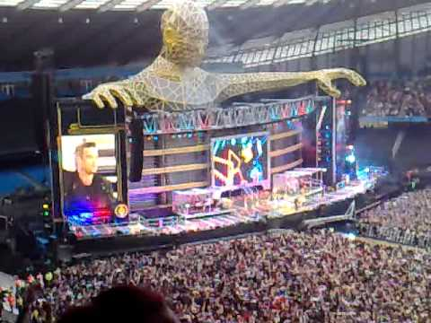 Take Take Progress Live Robbie Williams Rock DJ + Robbie's take on Manchester! 10-6-11