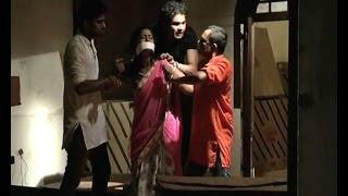 Ek Ghar Banaunga : Poonam gets kidnapped - Bollywood Country Videos