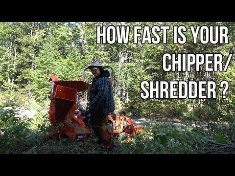 Kubota BX23S and Wallensein BXM32 Chipper Shredder in action (R1)