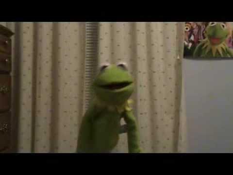Kermit sings One More Sleep 'til Christmas