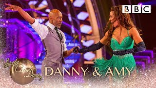 Danny John-Jules & Amy Dowden Cha Cha to 'Beggin' - BBC Strictly 2018