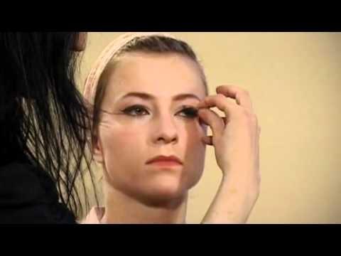 Makijaż W Stylu Lat 50 Youtube
