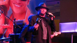 Micky Dolenz- A Little Bit Me, A Little Bit You- Indiana Grand Casino Shelbyville 11/7/15