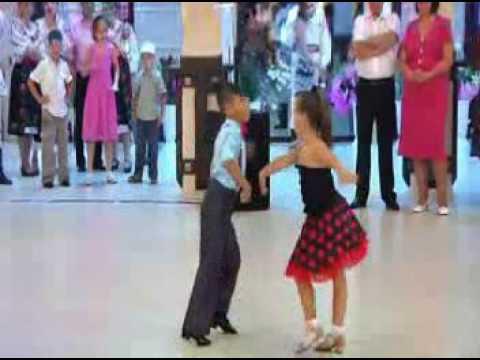 GOYANG DUMANG ( DANCE KIDS)